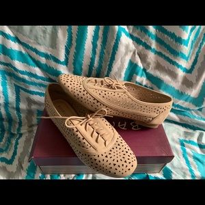 Bamboo brand dress shoes